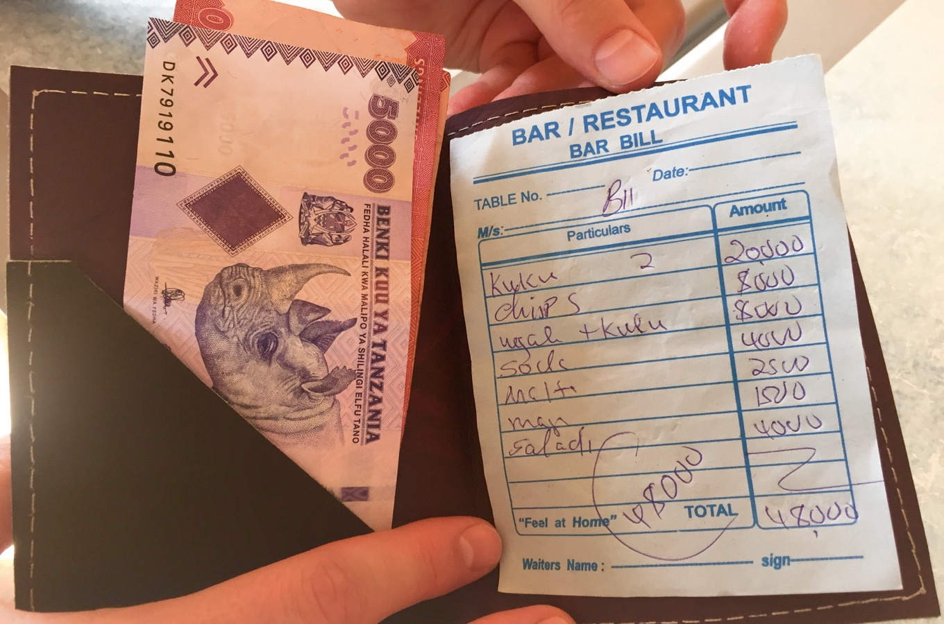 Check restaurant shilling bill
