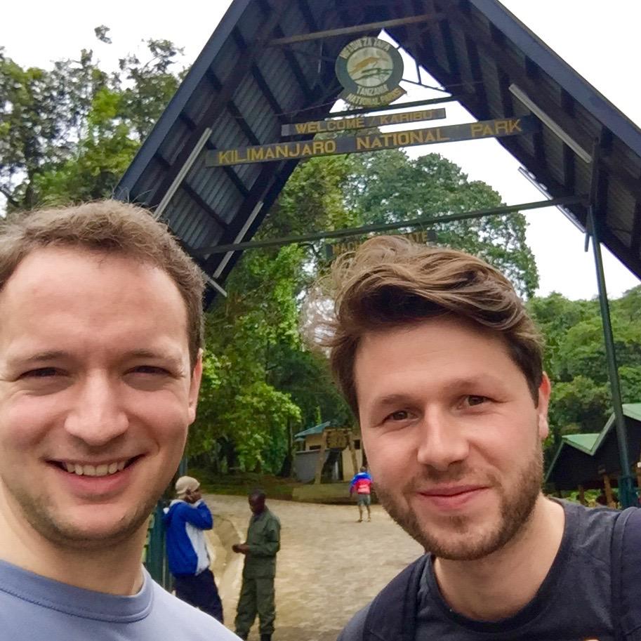 Entrée de parc national Kilimandjaro via la porte Machame