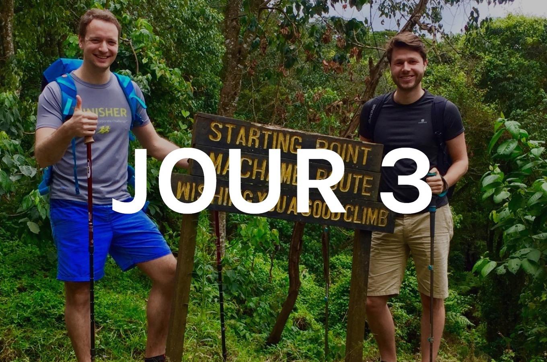 Début de l'ascension du Kilimandjaro via Machame Route