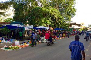 Straßenleben in Arusha