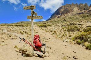Wegschild auf der Marangu Route am Kilimanjaro