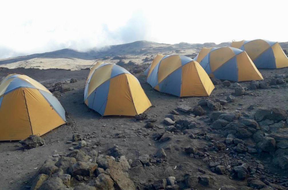 Equipment am Kilimandscharo Zelte