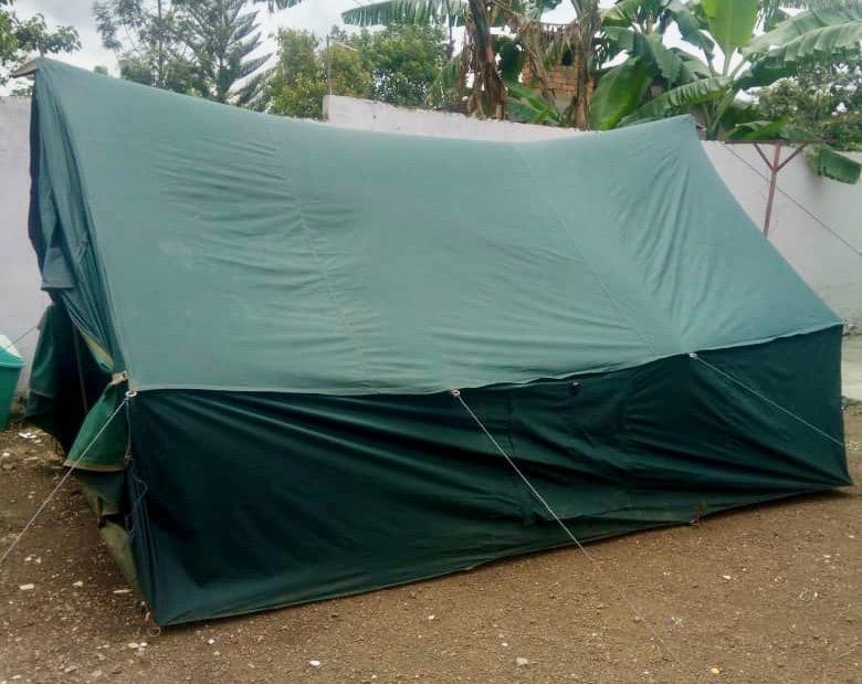 Equipment am Kilimandscharo Essenszelt