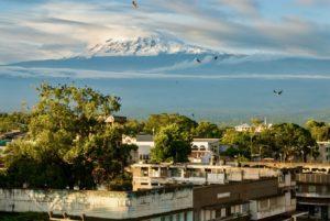 Vue de Moshi au Kilimandjaro