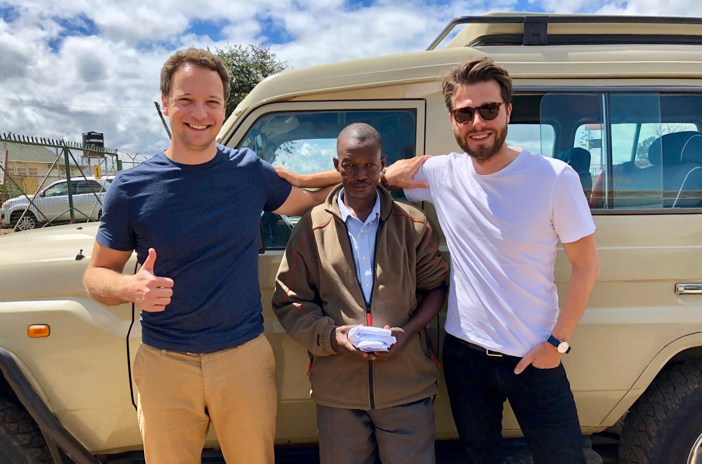 Safari-Jeep mit Fahrer