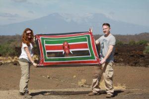 Leif_Ilona_drapeau kenyan kili